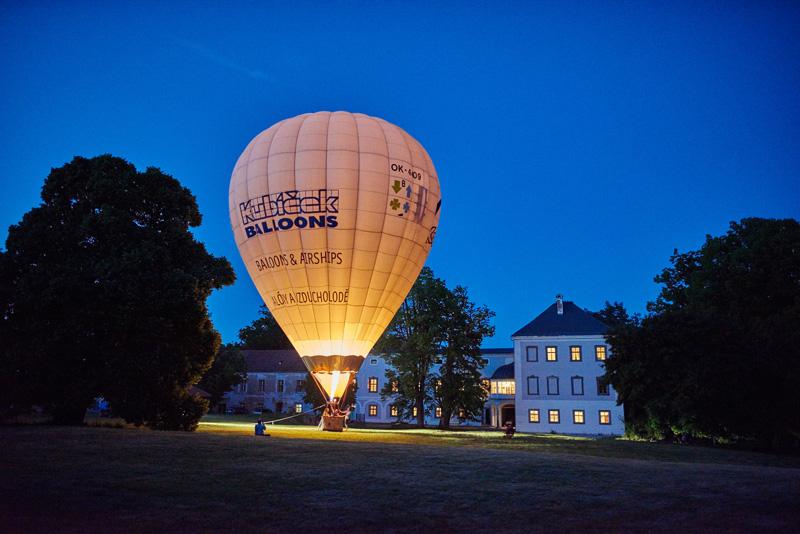 Balón za setmění - nazýván tzv. žárovka